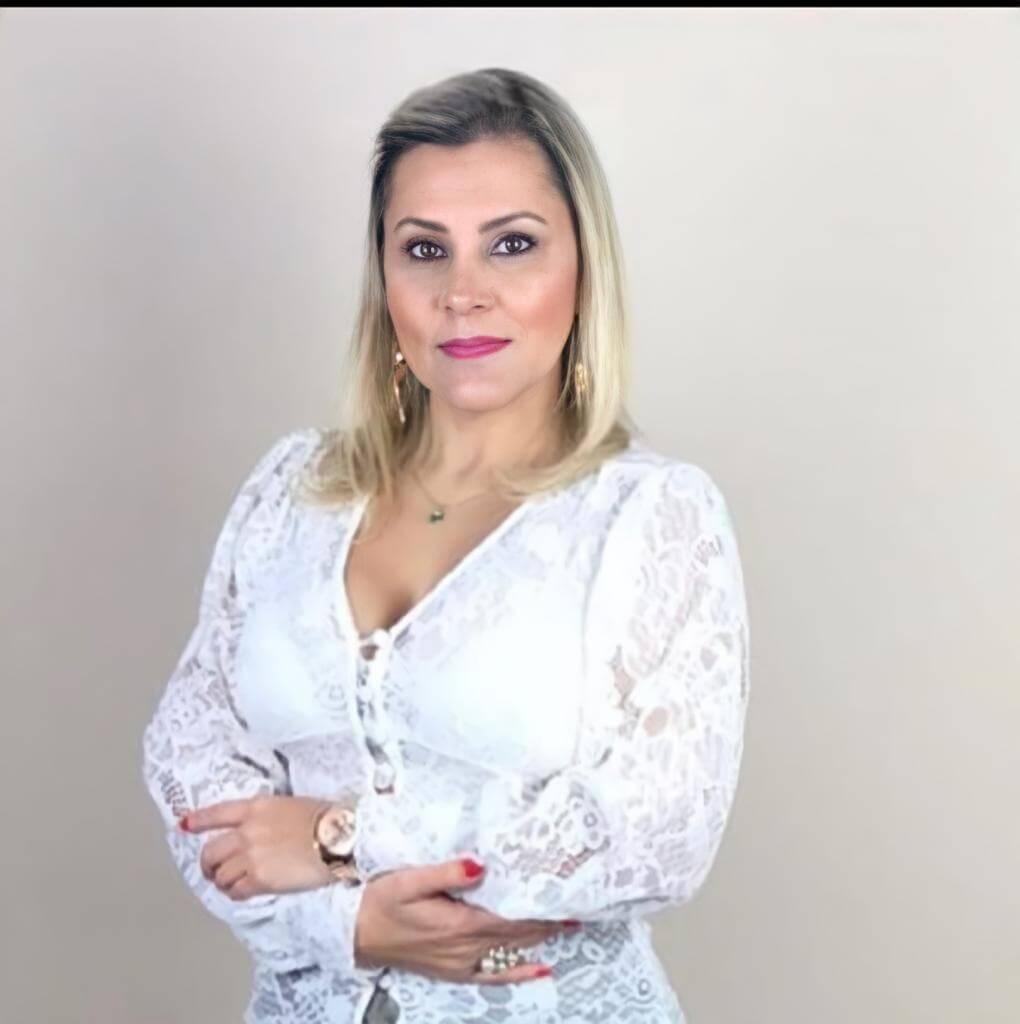 Dra. Adriana Hernandez