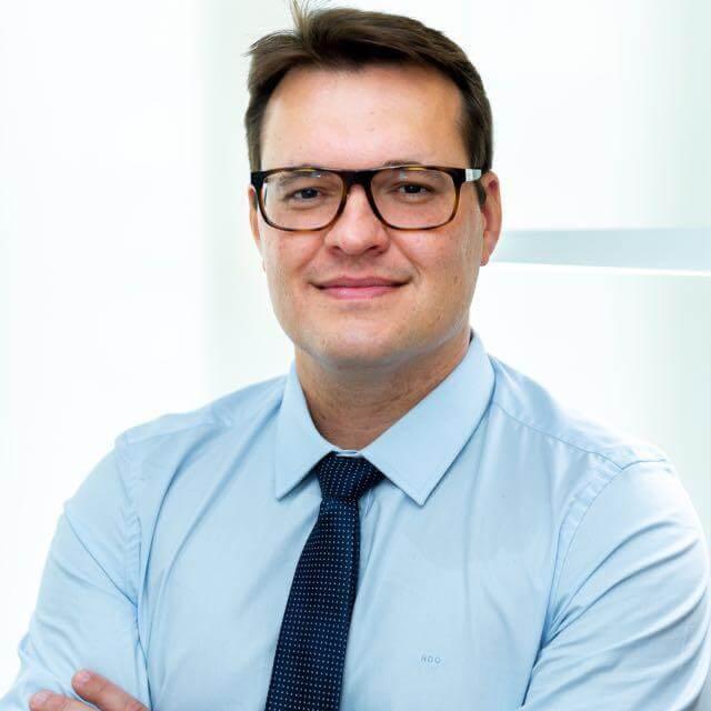 Dr. Roberto Duprat Oberg