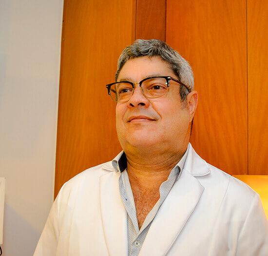 Dr. Anderson S. Santos