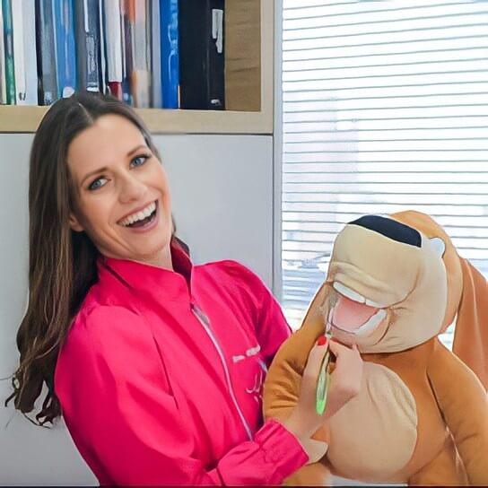Dra. Paula Kreling