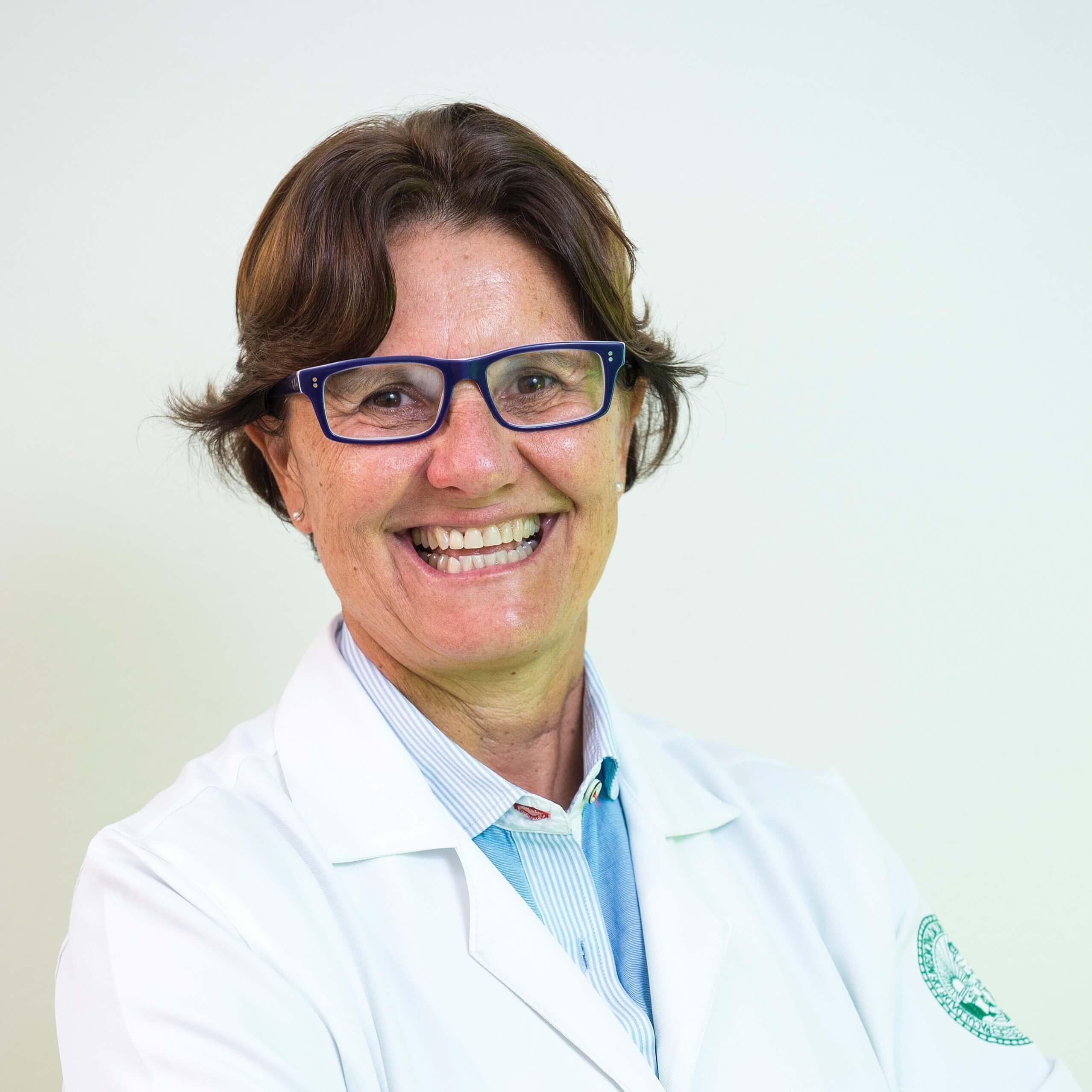 Dr. Ana Escobar
