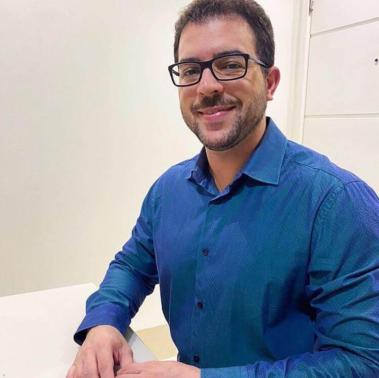 DR. PATRICK FERREIRA BRITO