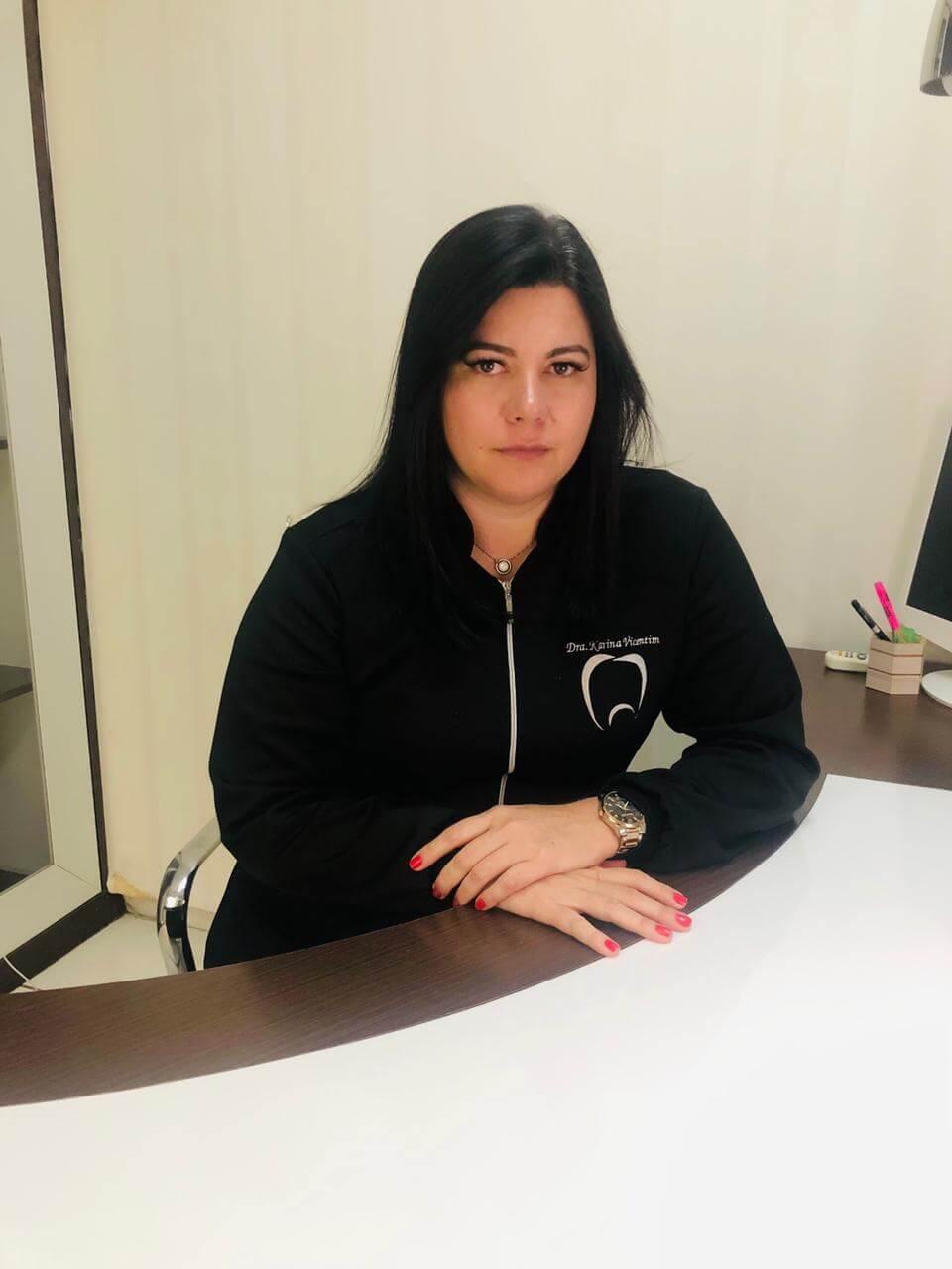 Dra Karina Vicentim