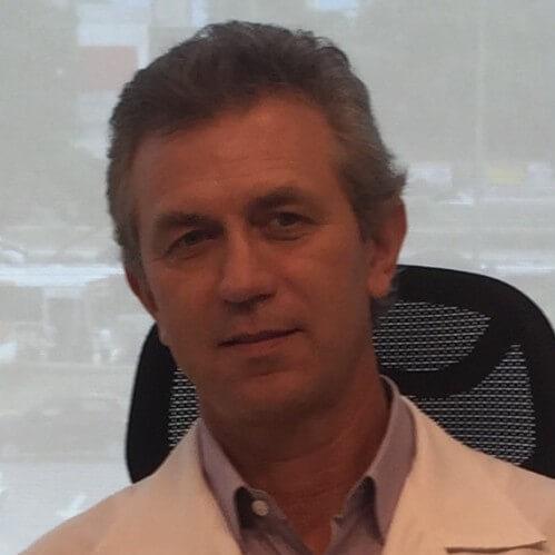 Dr. Valdo José Carreira