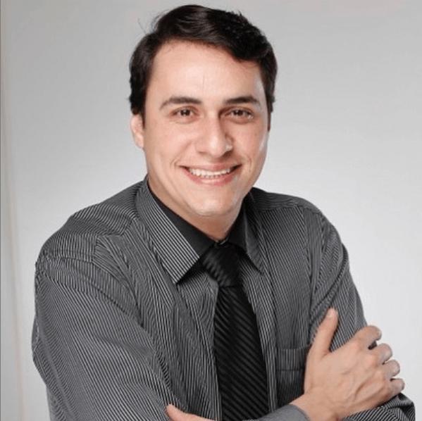 Dr. Elias Mansur