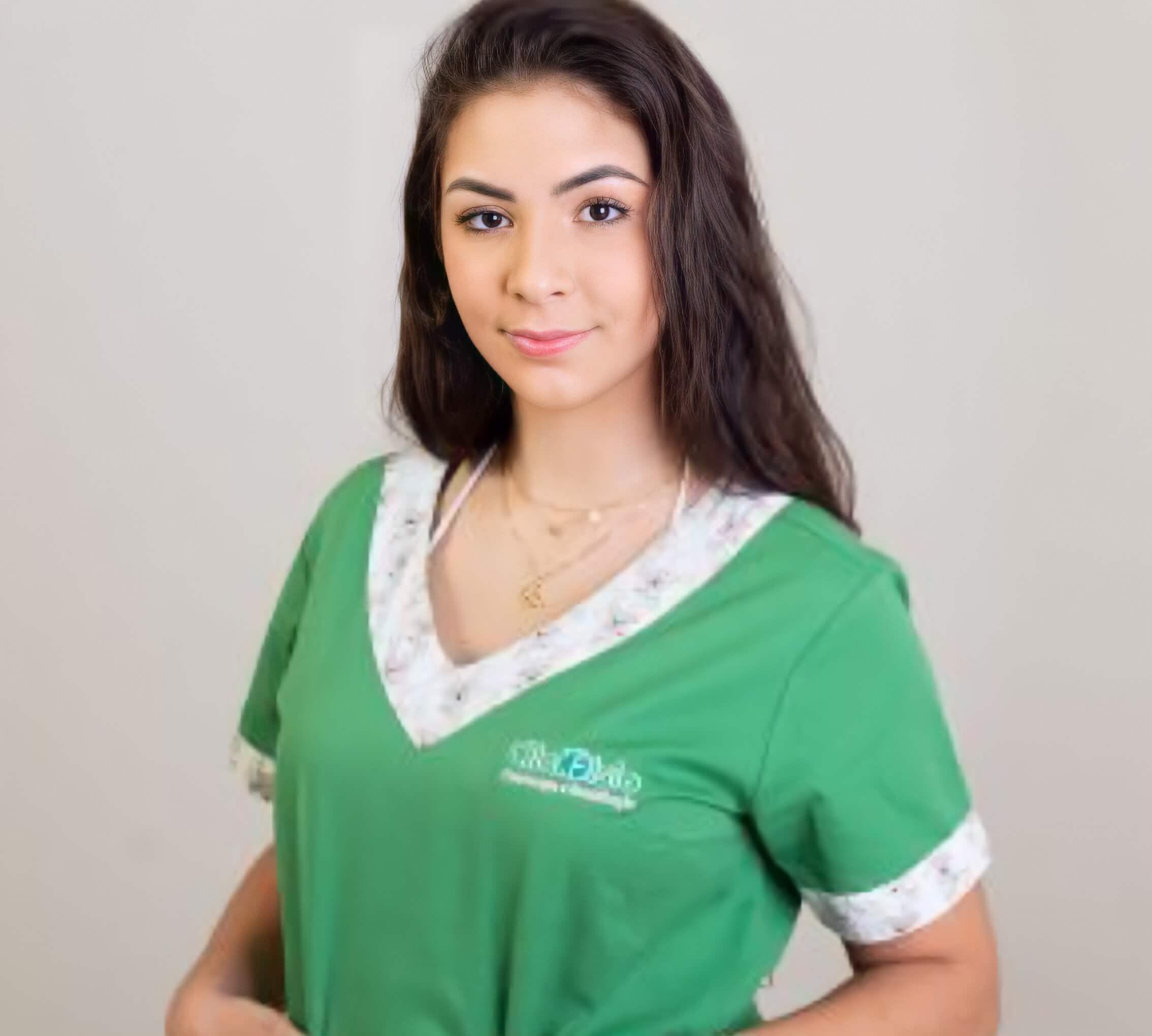 Dra Kemily Oliveira