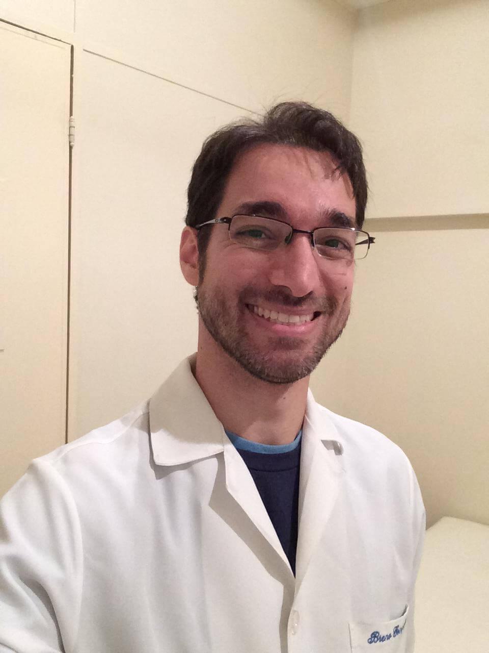 Dr. Breno Gonçalves - Habitat Consultórios