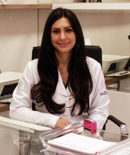 Dra. Cristiane Engel dos Santos Malat