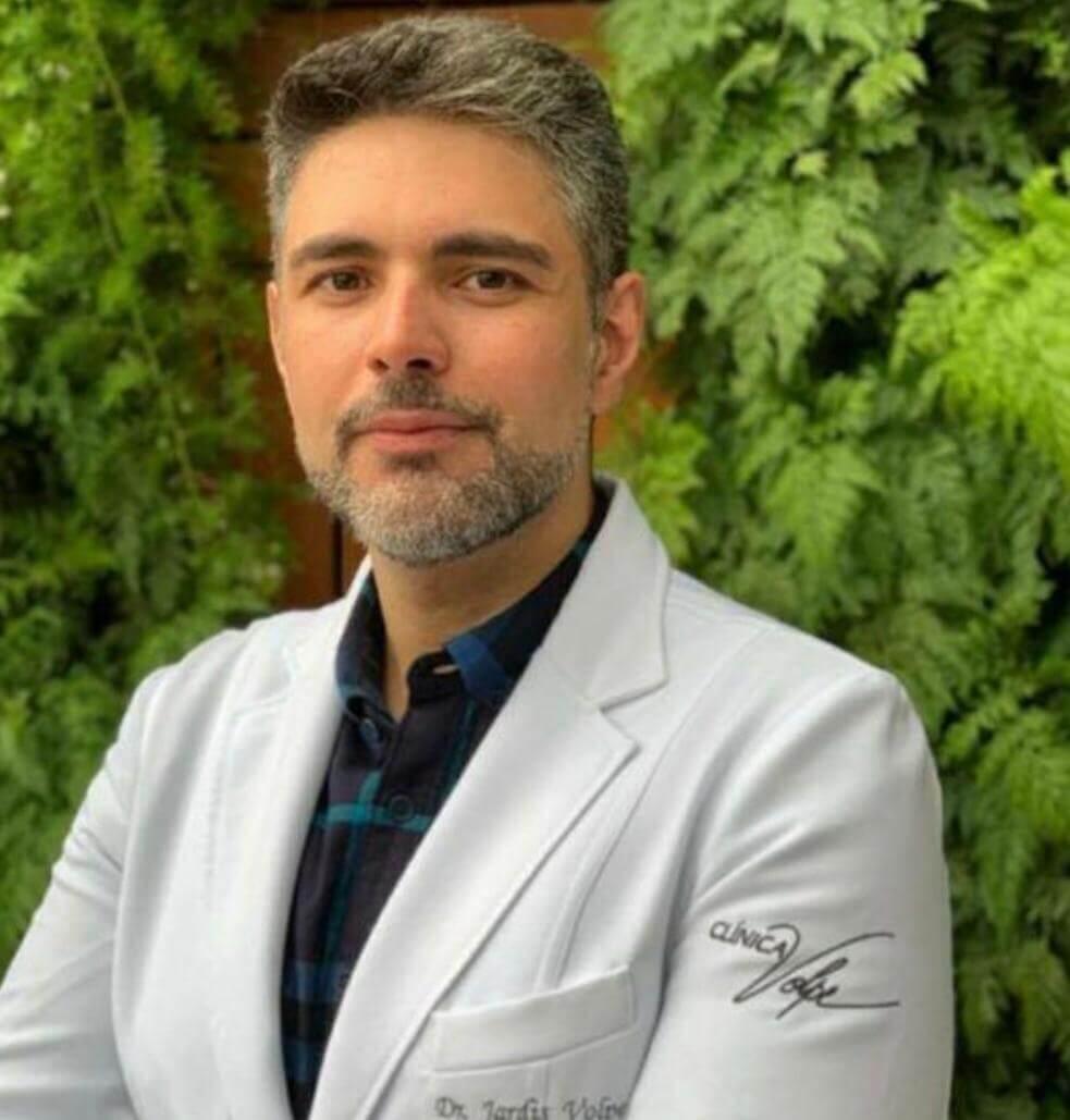 DR. JARDIS  VOLPE