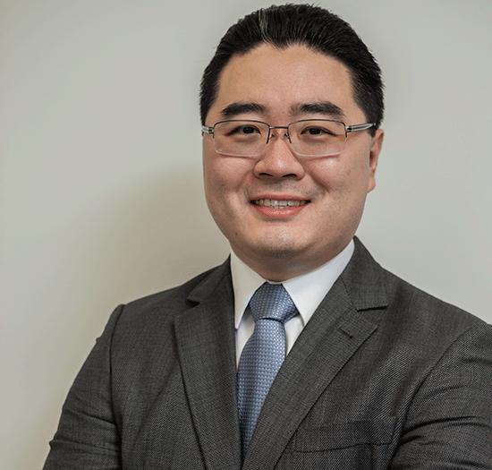 Dr. Luciano Okawa