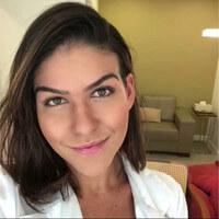 Dra. Ana Carolina Castro