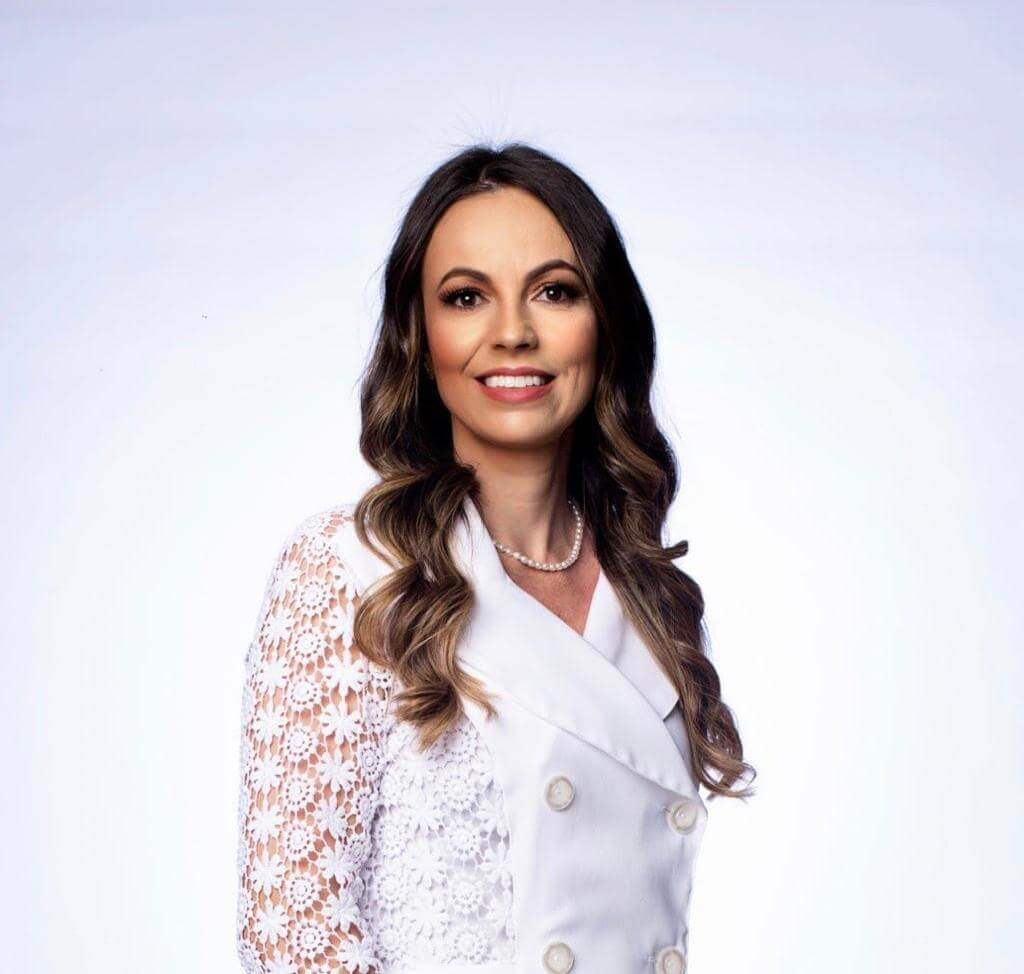 Dra. Fernanda Awada
