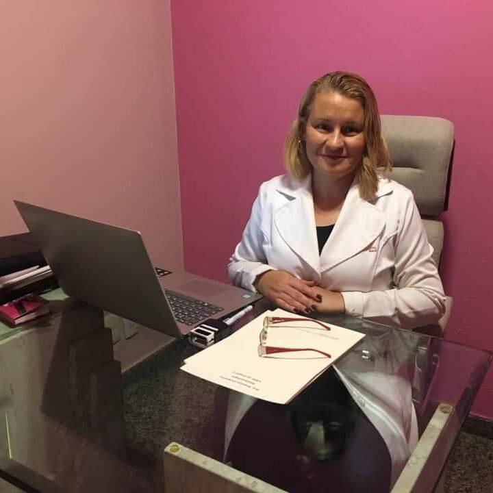 Dra Rosanne Cerqueira da Silva dos Santos