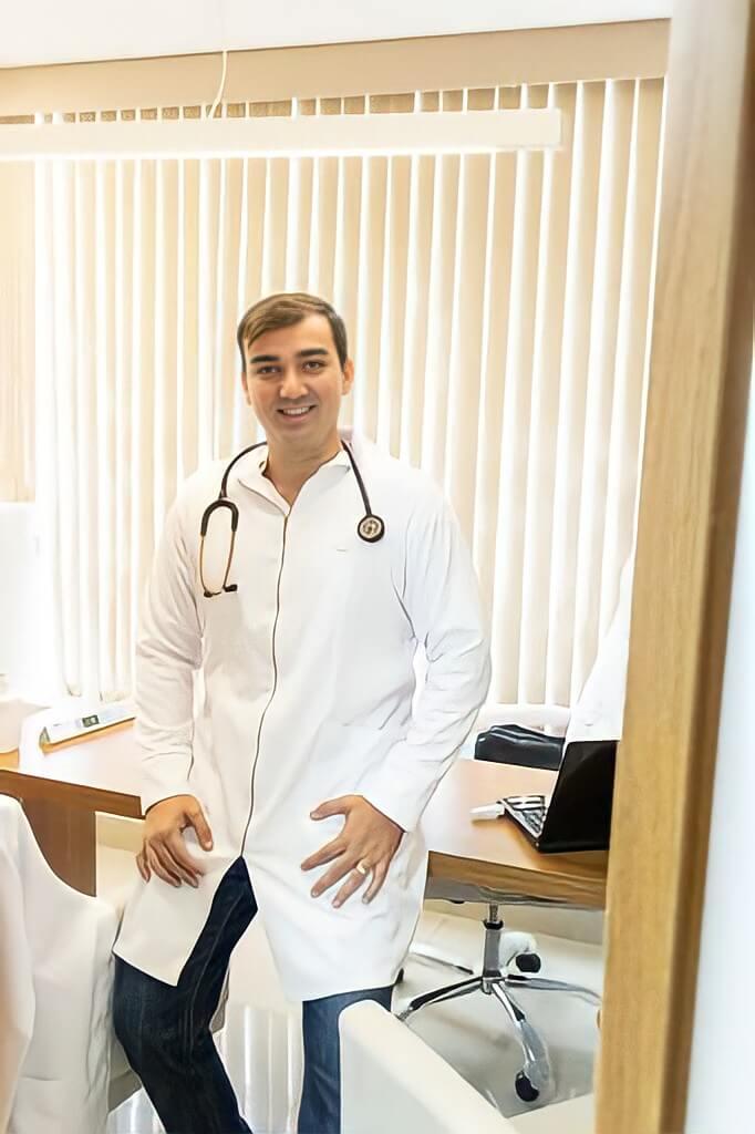 Dr. Fernando Cézar