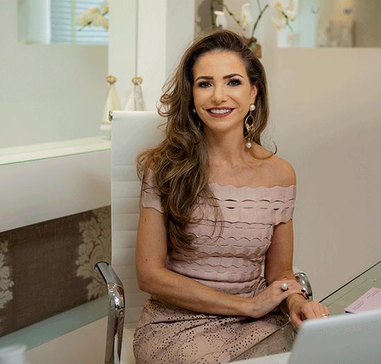 Dra. Larissa Ferraz Bauli