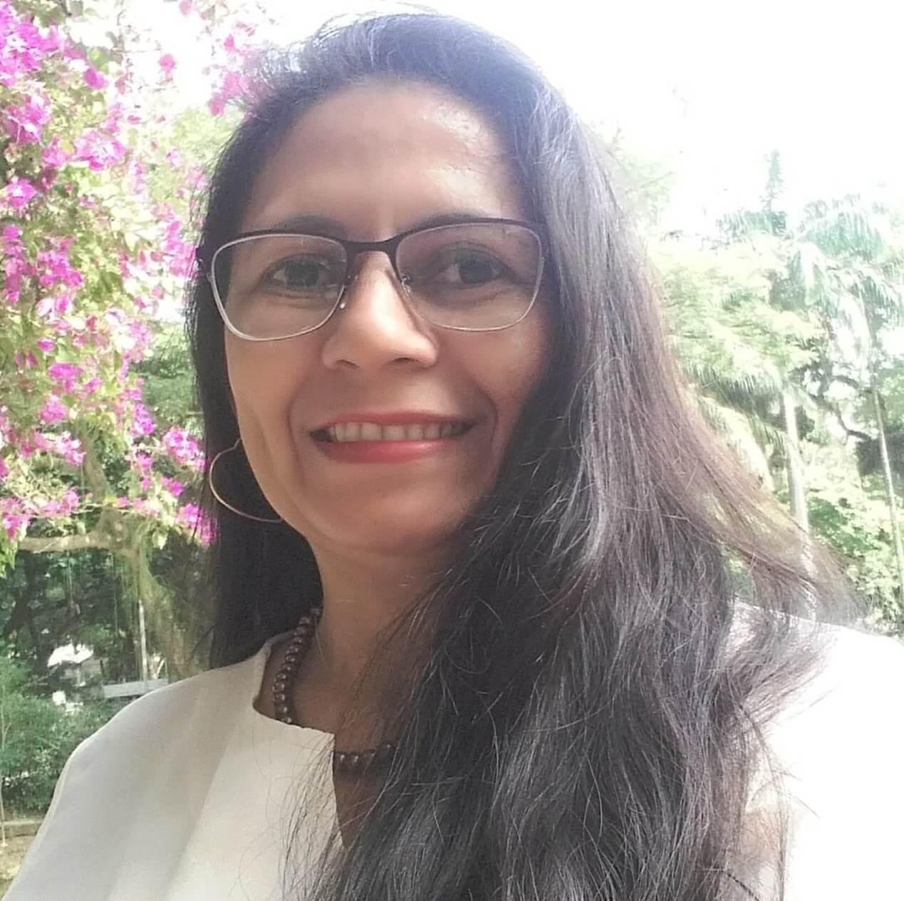 Dra. Francisca Vieira.