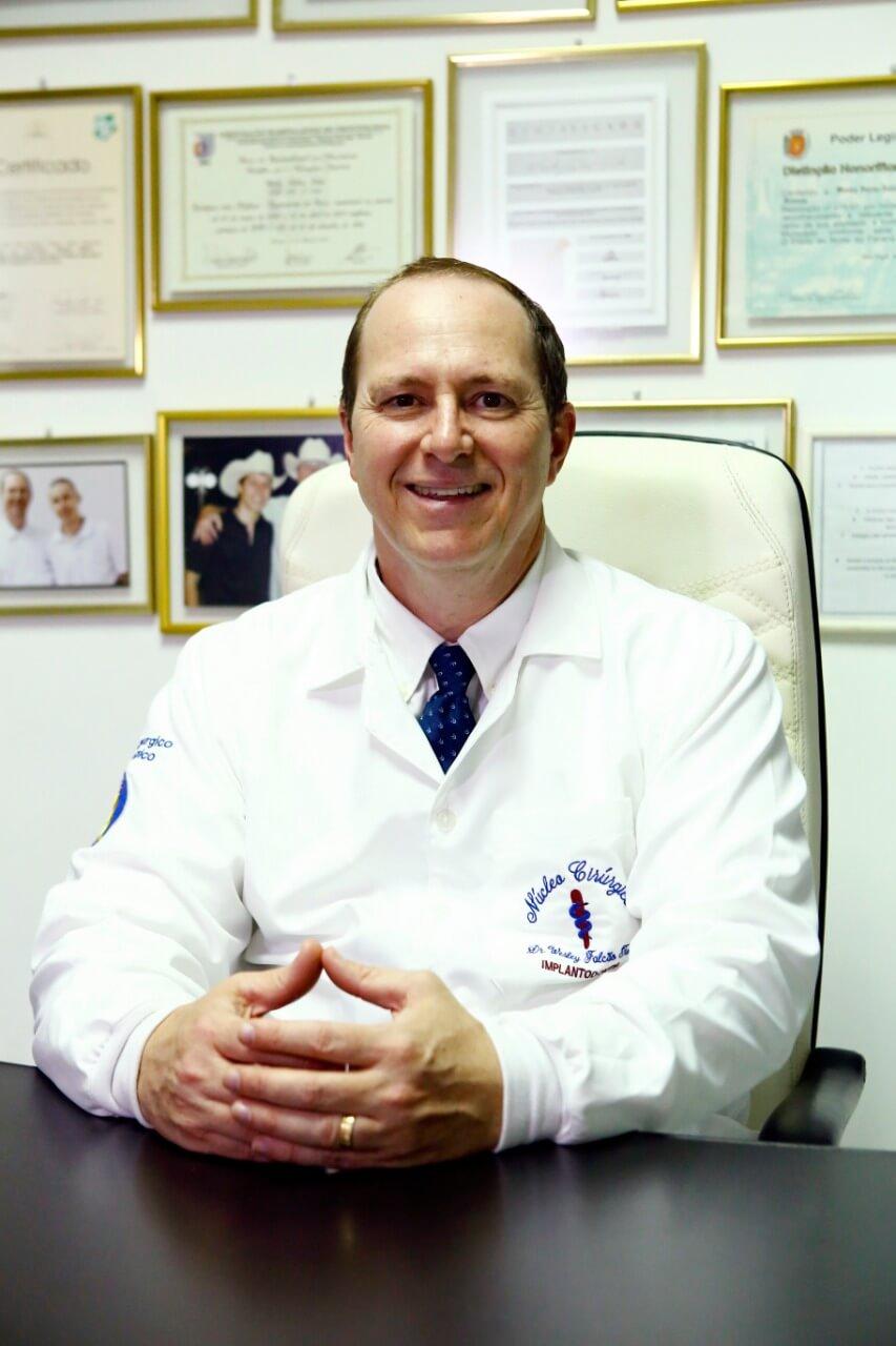 Dr. Wesley Falcão Tuler