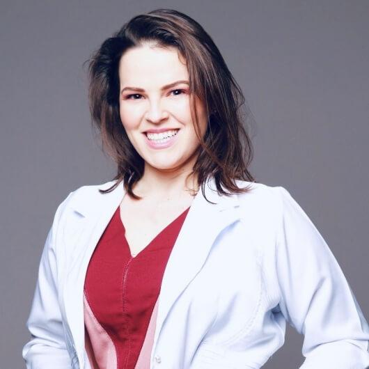 Dra. Deborah Colombo Ito