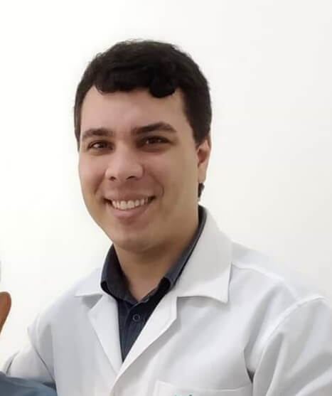 Dr. André Ramos