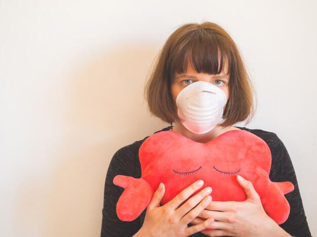 A pandemia da insônia e da sobrecarga do coração em      tempos de covid -19