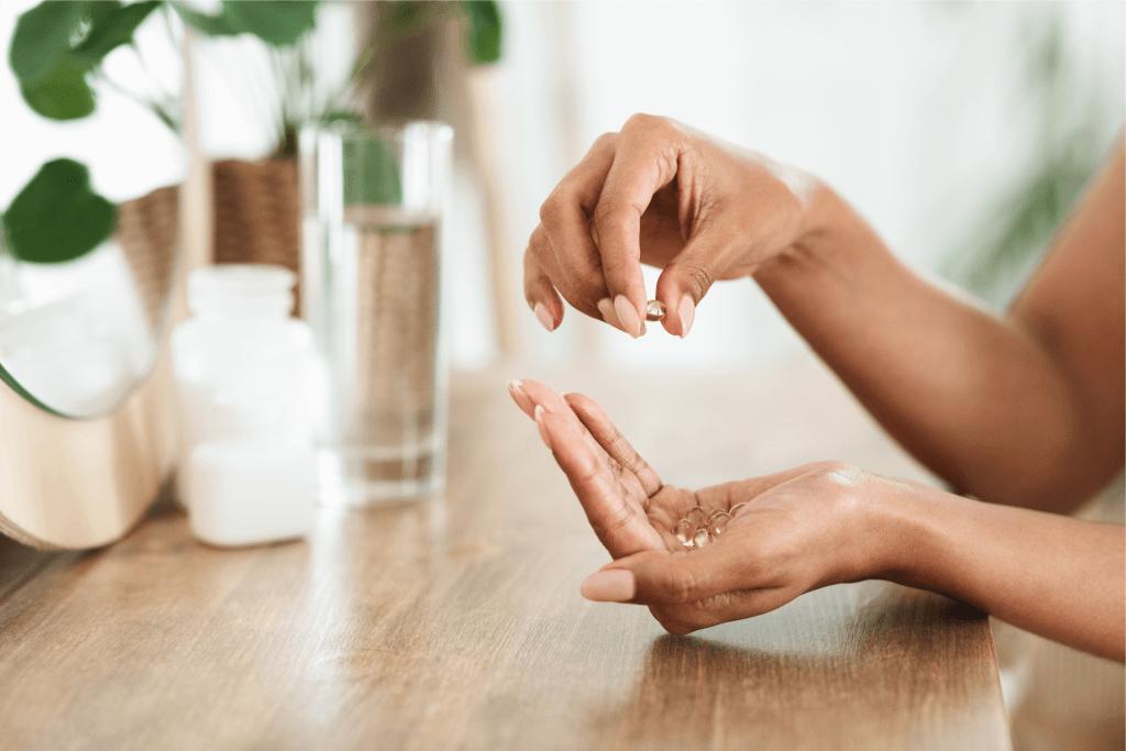 Vitamina nos cabelos: Conheça a biotina